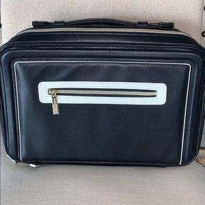 NWOT Estee Lauder travel makeup case black  &cream